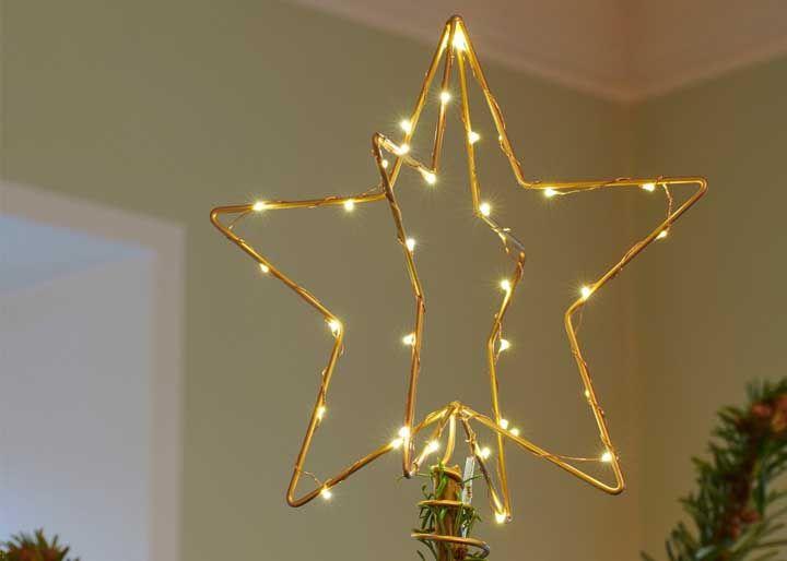 Estrela 3D feita com arame pisca pisca