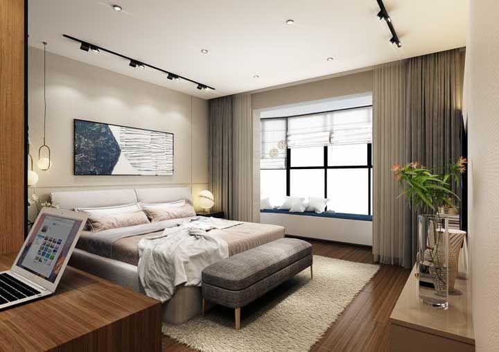 Dê espaço, na medida do possível, para móveis e objetos que tragam conforto como tapetes, recamiers, criados mudos e luminárias