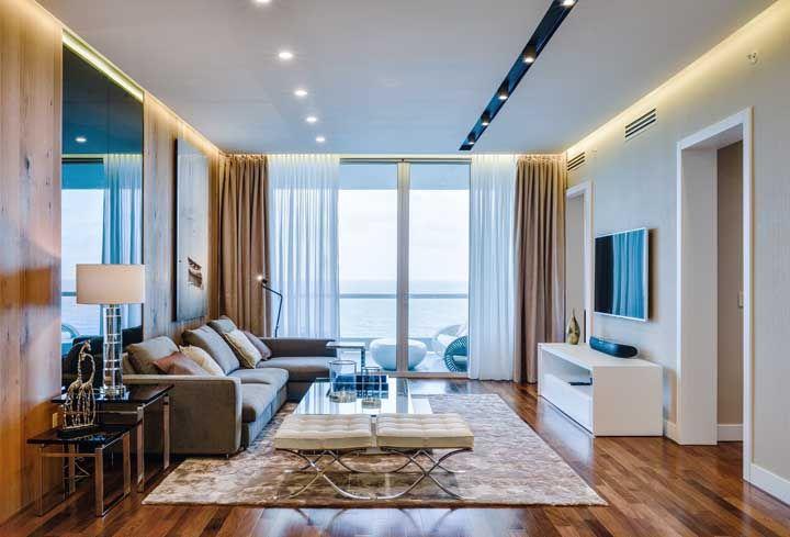 Já o opção do sinteco acetinado – ou semi brilho – pode ser interessante para as decorações modernas com um toque de elegância e sofisticação