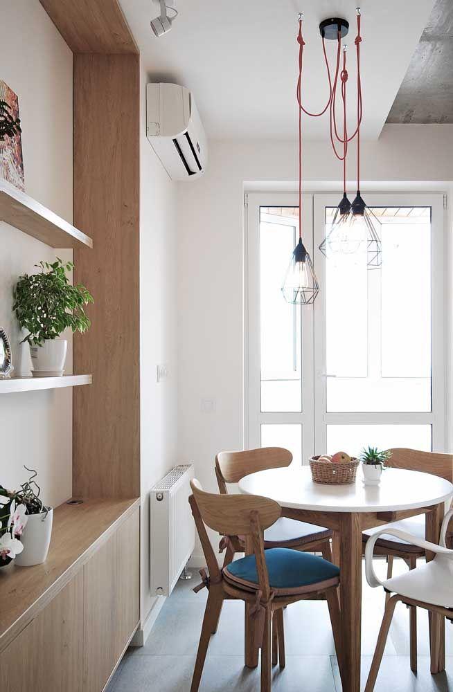 Luminárias suspensas aramadas: um conjunto moderno para a sala de jantar