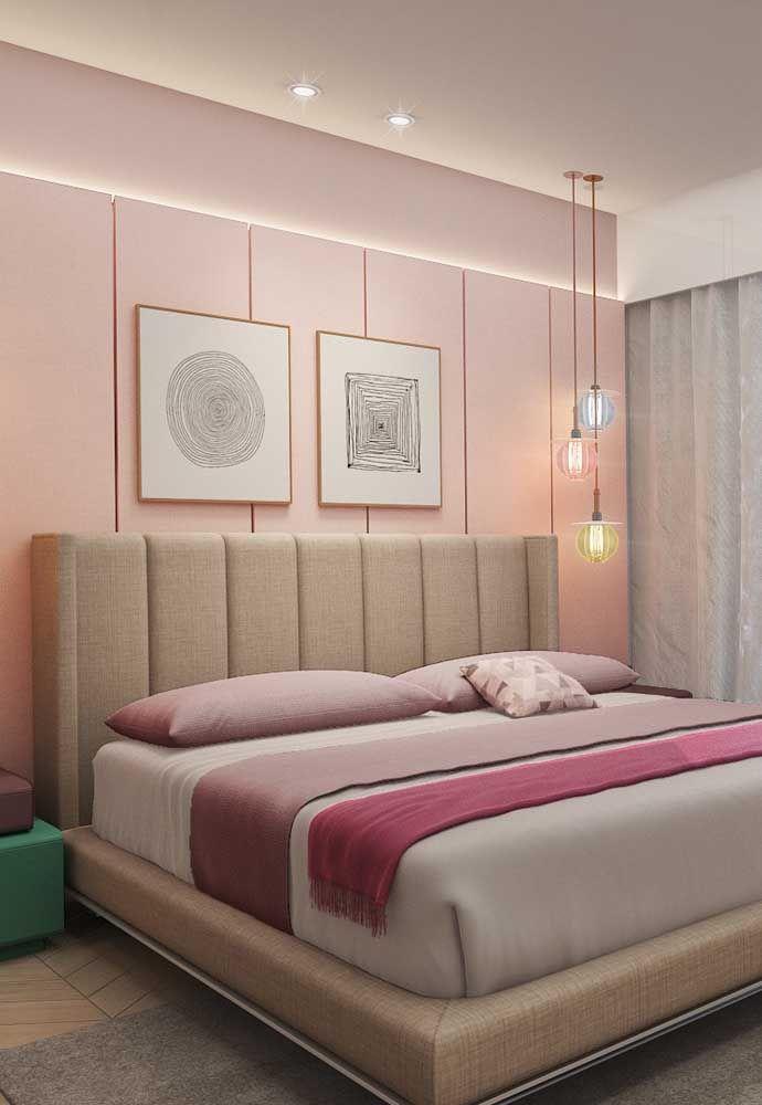 Amarela, rosa e azul: aqui as luminárias pendentes não tem função de iluminação, apenas de criar um ponto de destaque no quarto