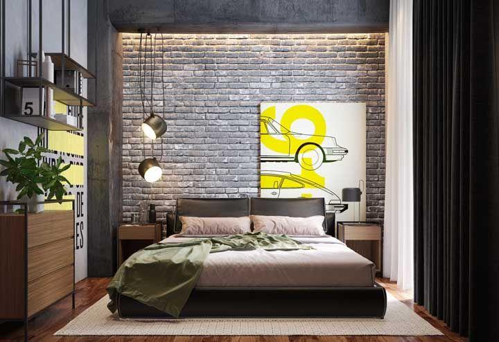 Luzes amarelas para criar um clima intimista no quarto de casal