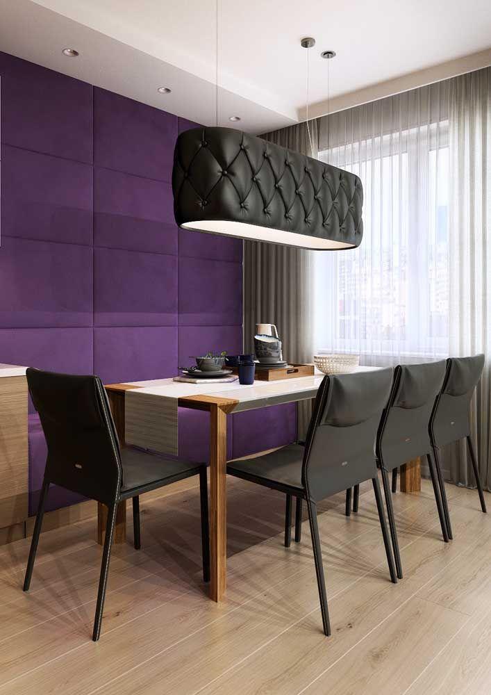 Uma sala de jantar ousada, mas ao mesmo tempo acolhedora e confortável