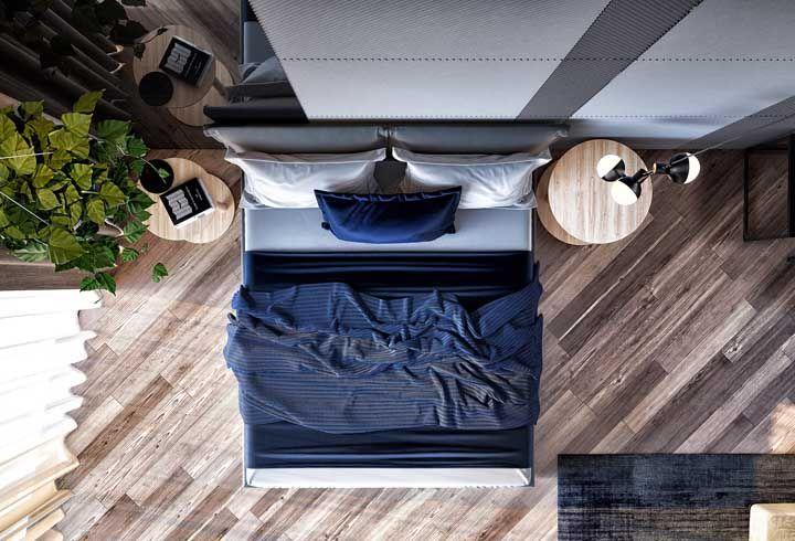 Azul marinho e madeira: uma combinação elegante e refinada
