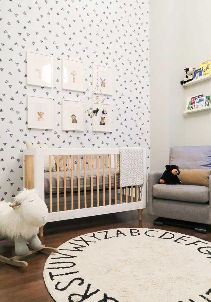 Para incentivar o aprendizado, o quarto do bebê já conta com um alfabeto