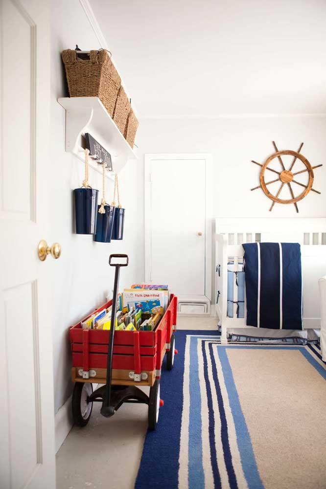 Para esse quarto de menino, o estilo de decoração escolhido foi o navy