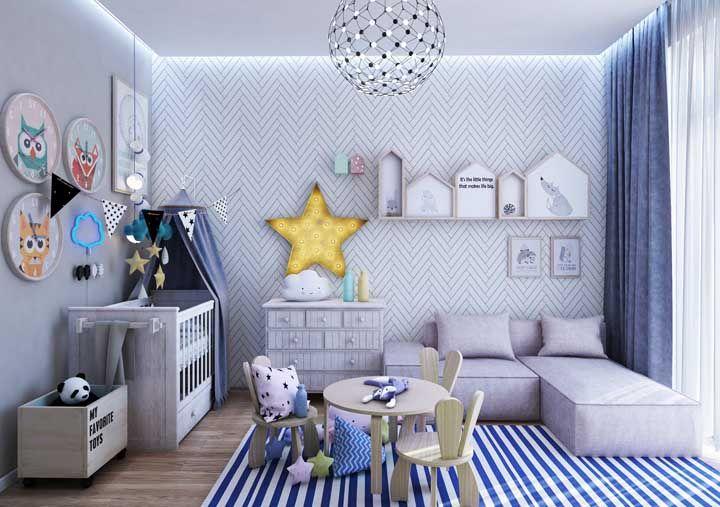 Uma dica é decorar o quarto já pensando na primeira infância do bebê; assim você evita ter que redecorar o quarto em pouco tempo