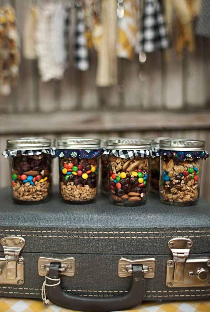 Mix de cereais, oleaginosas e confeitos de chocolate: gostou?