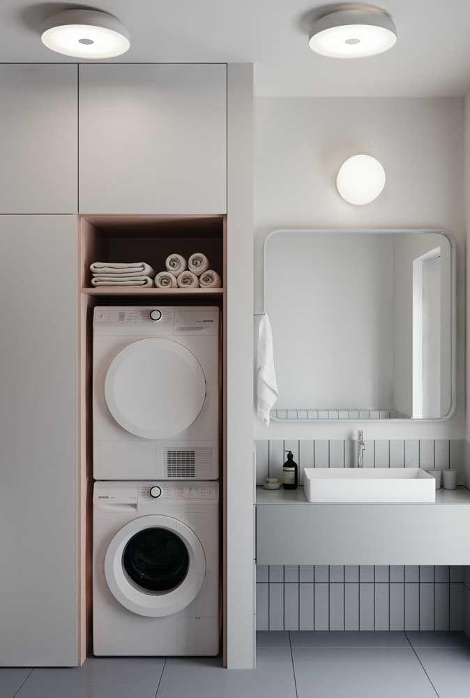 Os plafons são o recurso de iluminação para quem busca por algo simples, funcional e de aparência clean para o banheiro