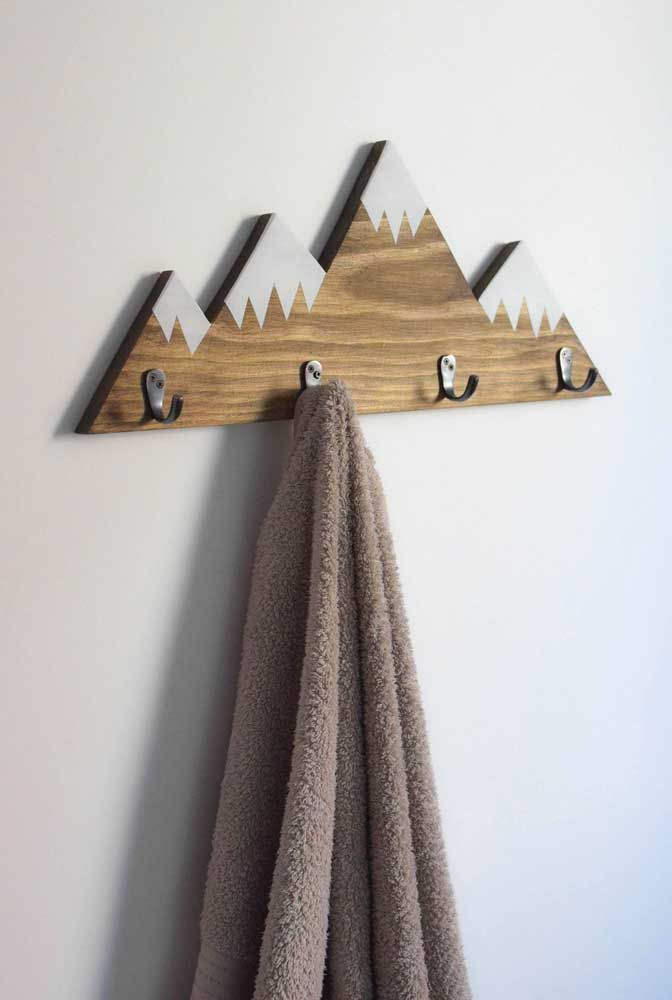 Cabideiro de parede inspirado nos cumes gelados das montanhas