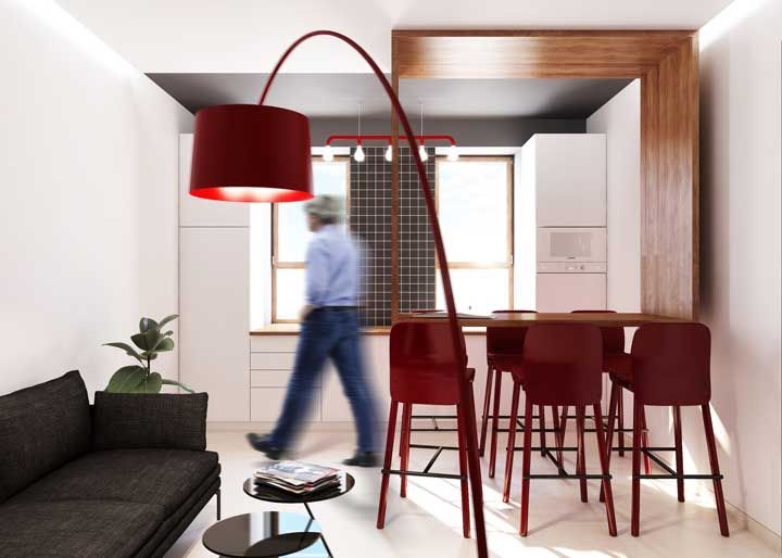 Um piso diferente para marcar o espaço da cozinha