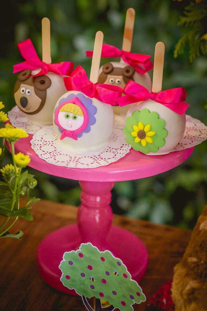 Que tal preparar os popcakes personalizados com os personagens?