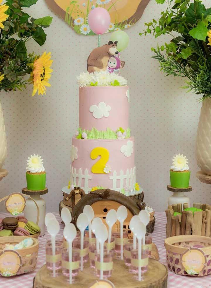 As cores verde, branca e rosa podem ser os destaques da festa