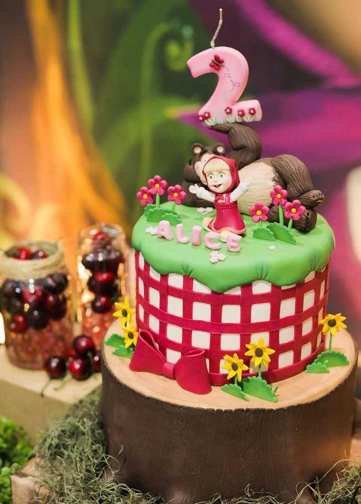 Olha a fofura que fica esse bolo