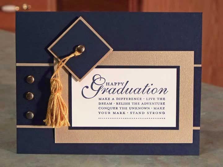 Uma mensagem de otimismo e perseverança em destaque no convite de formatura