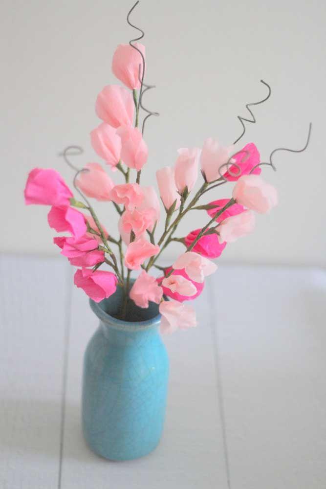 Vasos de barro trazem, automaticamente, vivacidade para os arranjos