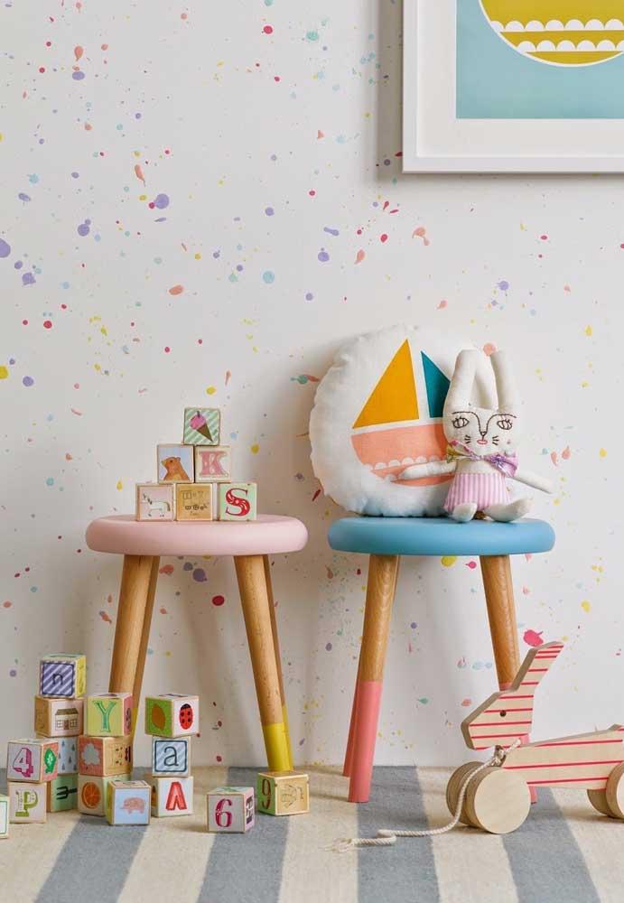 Já decore o quarto do bebê pensando no crescimento. Para isso, organize brinquedos educativos pelo ambiente.
