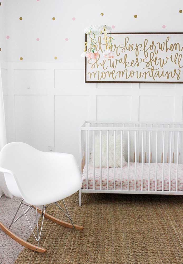 A cor dourada também é uma ótima opção para ser usada na decoração do quarto de bebê.