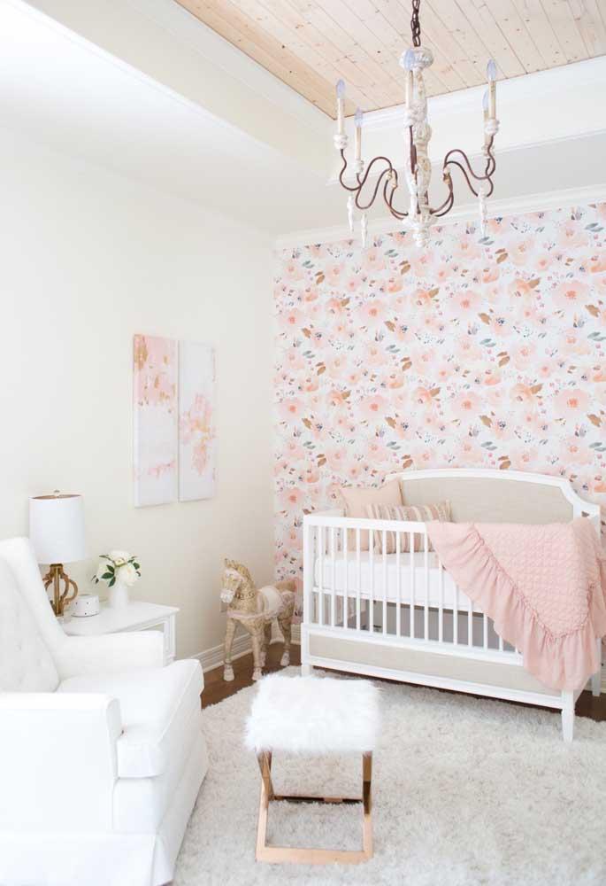 Independente do tema escolhido, o mais importante na decoração do quarto de bebê é fazer combinações entre elementos decorativos e móveis.