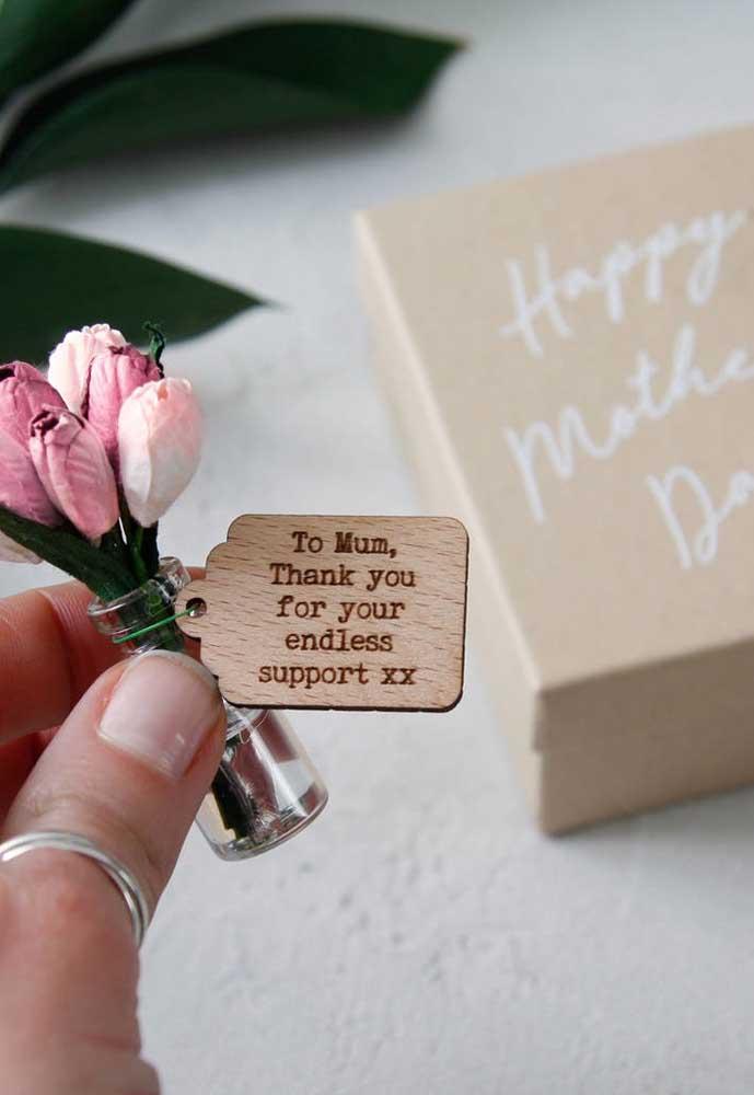 Presentes delicados e singelos são sempre muito bem-vindos no dia das mães.