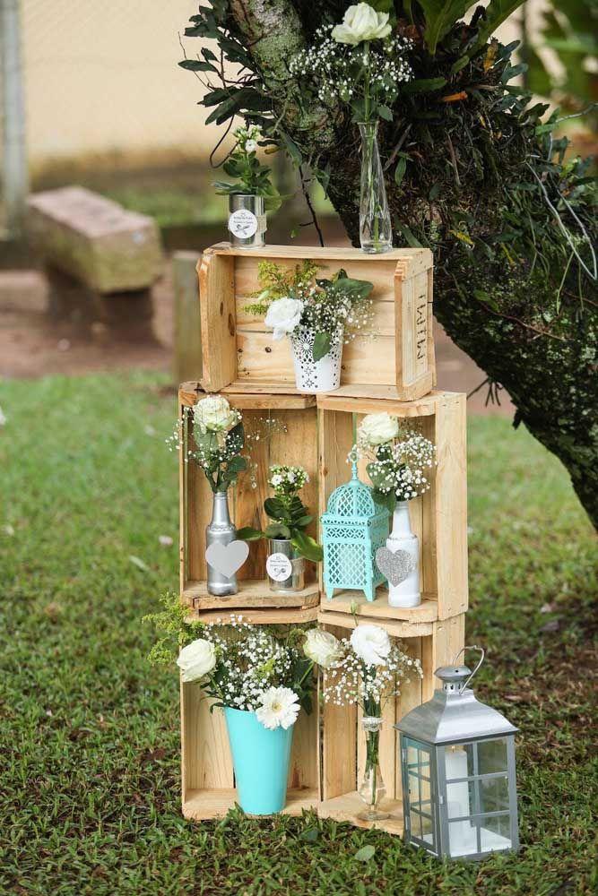 Ao ar livre, as bodas de prata ganham um estilo campestre super romântico