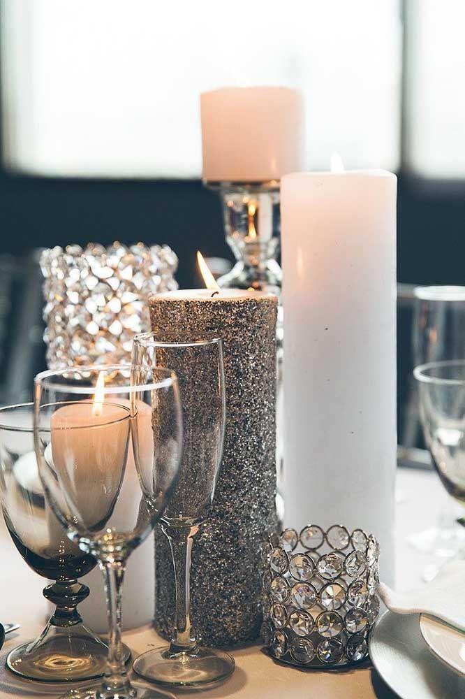 Velas em tom de prata: luxuosas e cheias de charme
