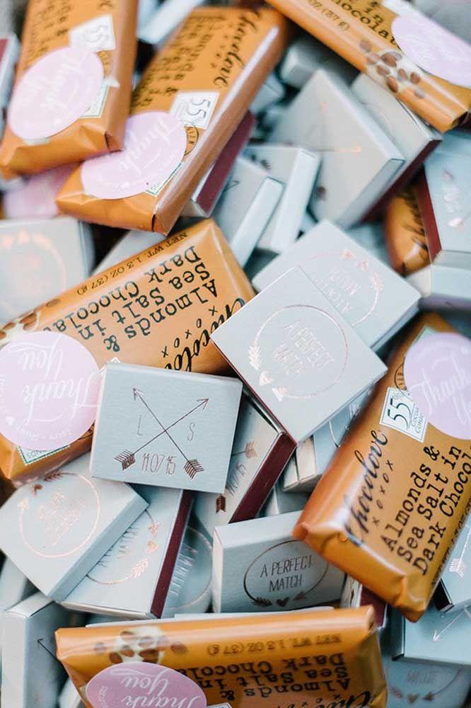 Barrinhas de chocolate como lembrancinha de bodas de prata