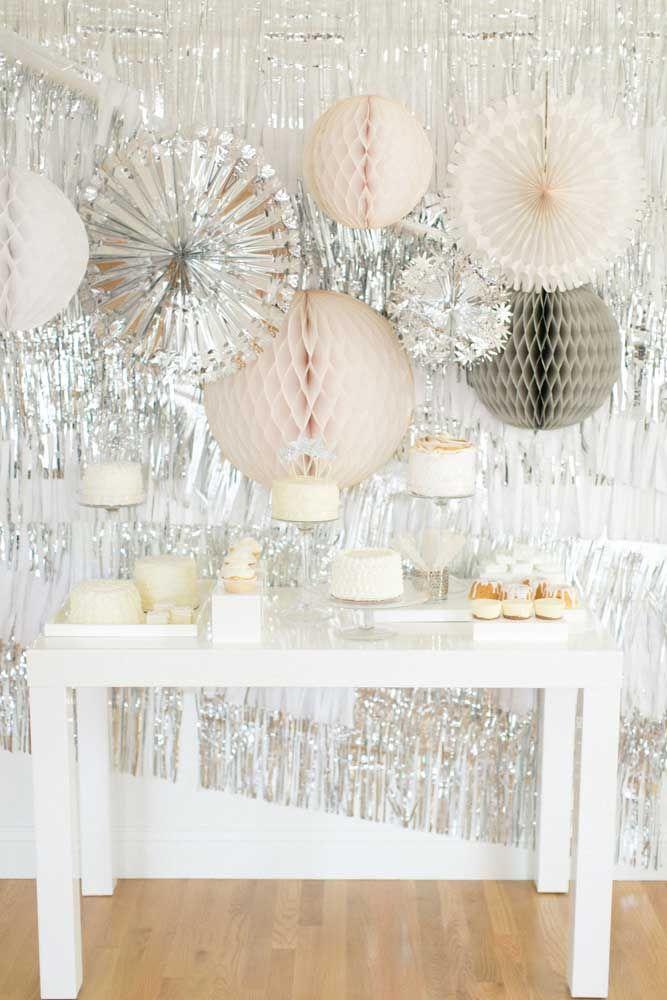A decoração de papel também tem potencial para fazer bonito nas bodas de prata