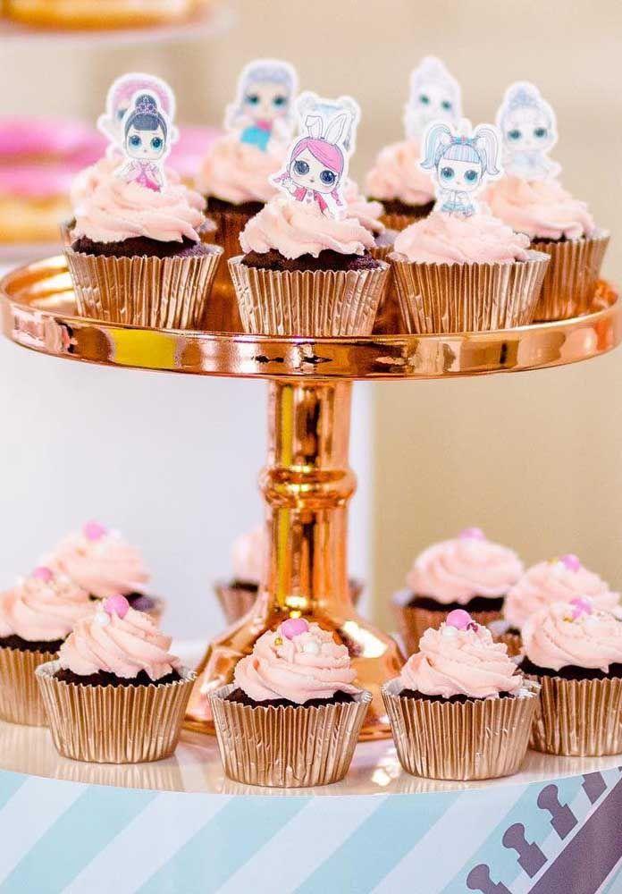 Cupcakes! Eles não podem faltar, especialmente quando vem decorados com as bonequinhas