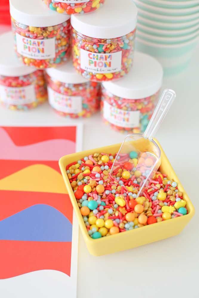 Quem não ama um pote de doces?