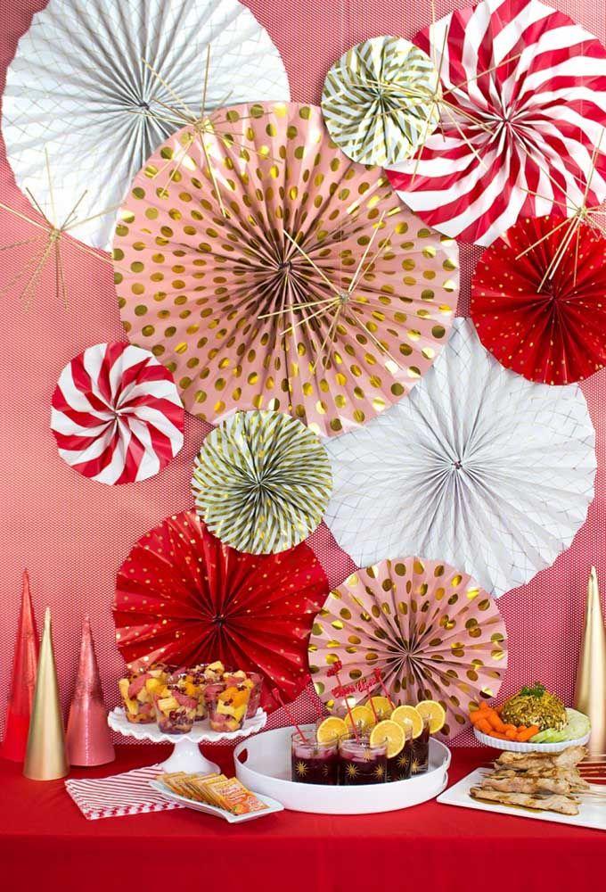 Os enfeites de papel podem ser usados em qualquer época do ano, inclusive no natal
