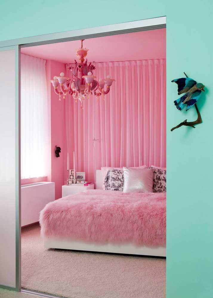 Romântica e delicada, a cor rosa também traz quentura e acolhimento, mas de modo mais suave que o vermelho