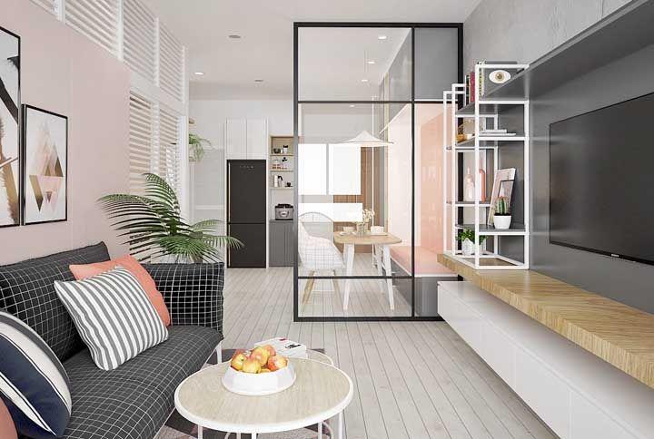 Para deixar o apartamento mais clean e visualmente amplo prefira móveis alongados e de linhas retas, sem muitos detalhes