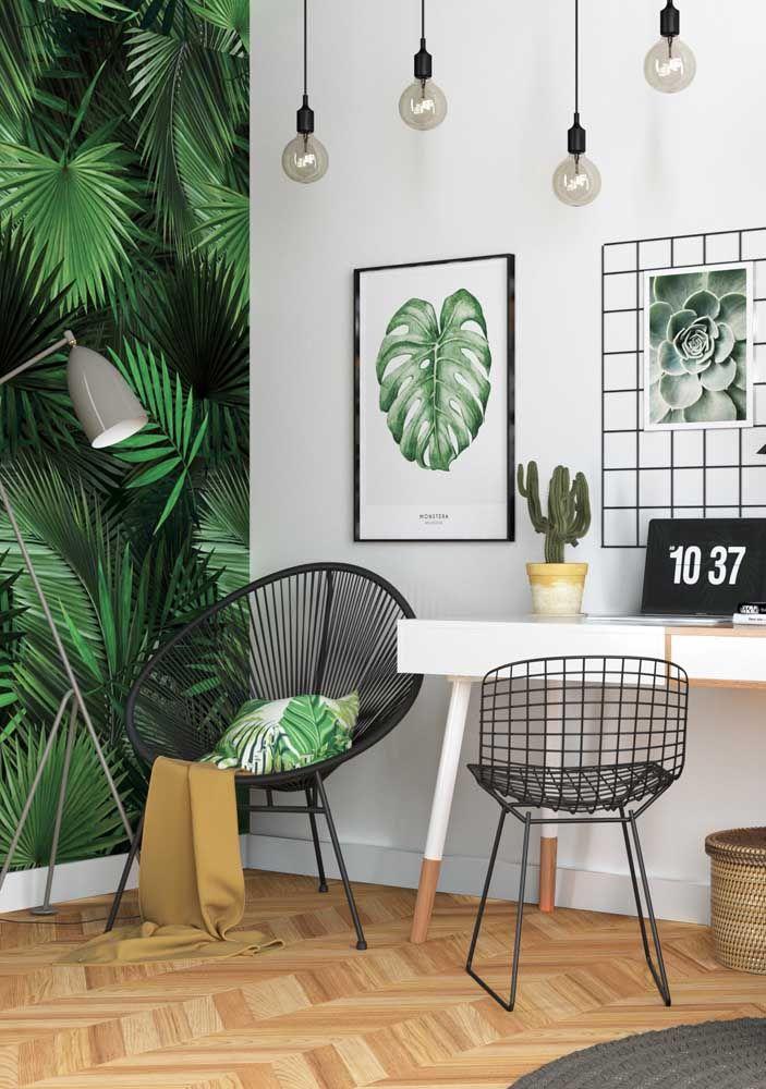Se o verde não vier na tinta das paredes, pode entrar na decoração por meio das plantas, mesmo que não sejam de verdade