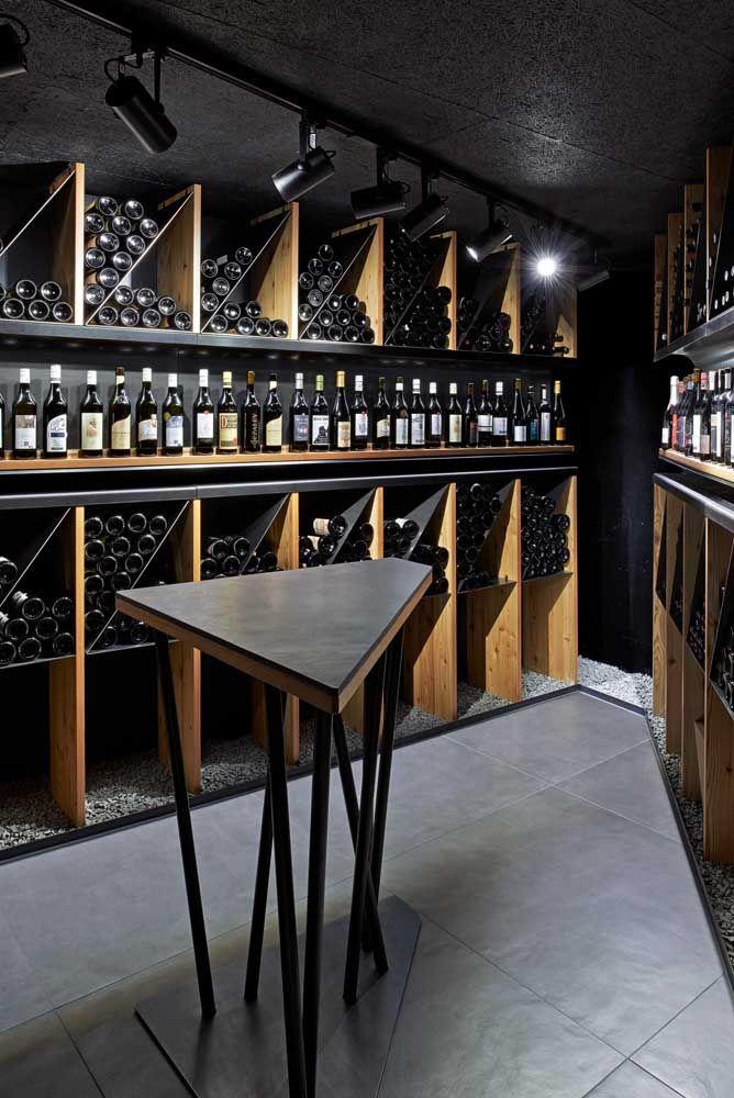Moderna e inspirada nas vinícolas que existem por aí; um verdadeiro refúgio para os amantes do vinho