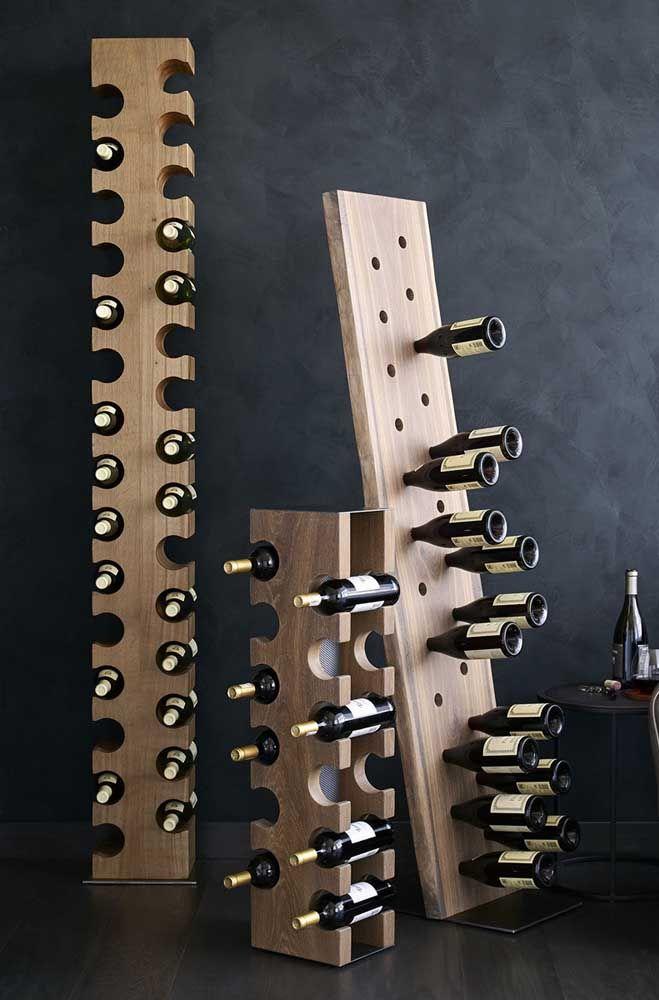 Furos e vãos acomodam perfeitamente as garrafas