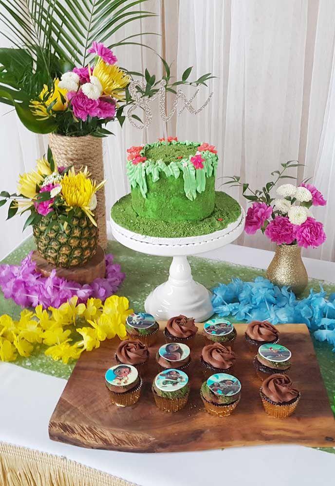 A cor verde é excelente para decorar o bolo que representa a natureza