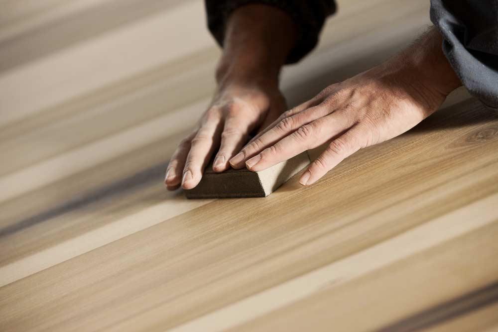 Como pintar porta de madeira conceito