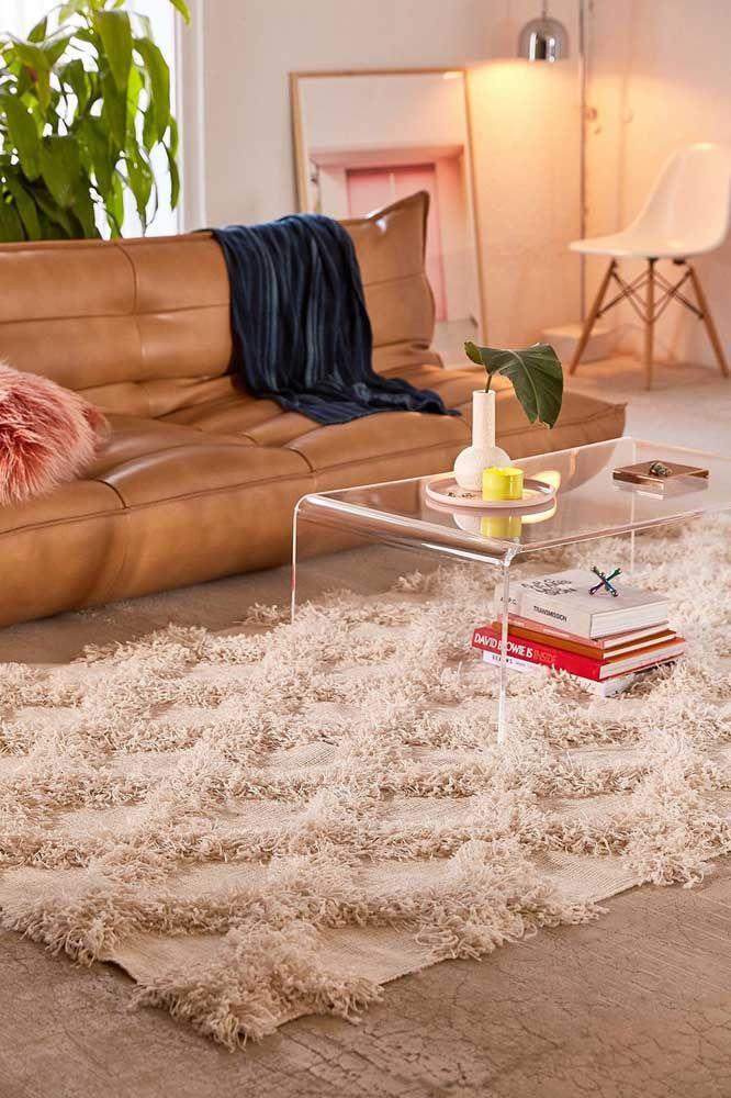 E o que acha de um modelo mais elegante e sóbrio de tapete de retalhos para a sala de estar?