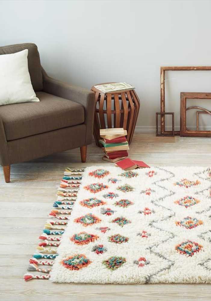 Combine as cores do tapete com a proposta de decoração do ambiente