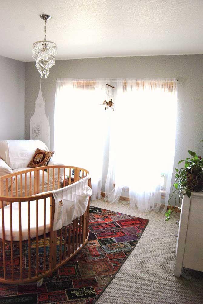Quarto de bebê não precisa ser sempre a mesma coisa; inove usando um tapete de retalhos