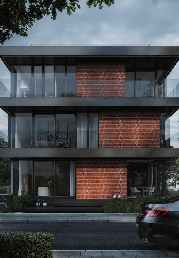Que tal uma fachada com platibanda ao estilo dark?