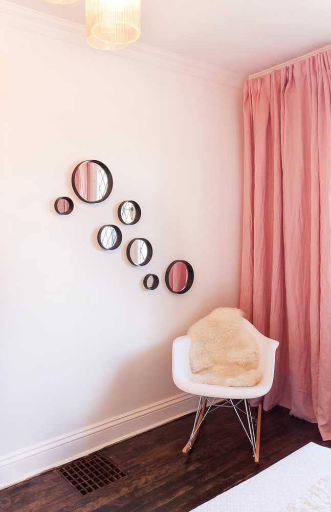 Pequena e discreta combinação para a parede da sala