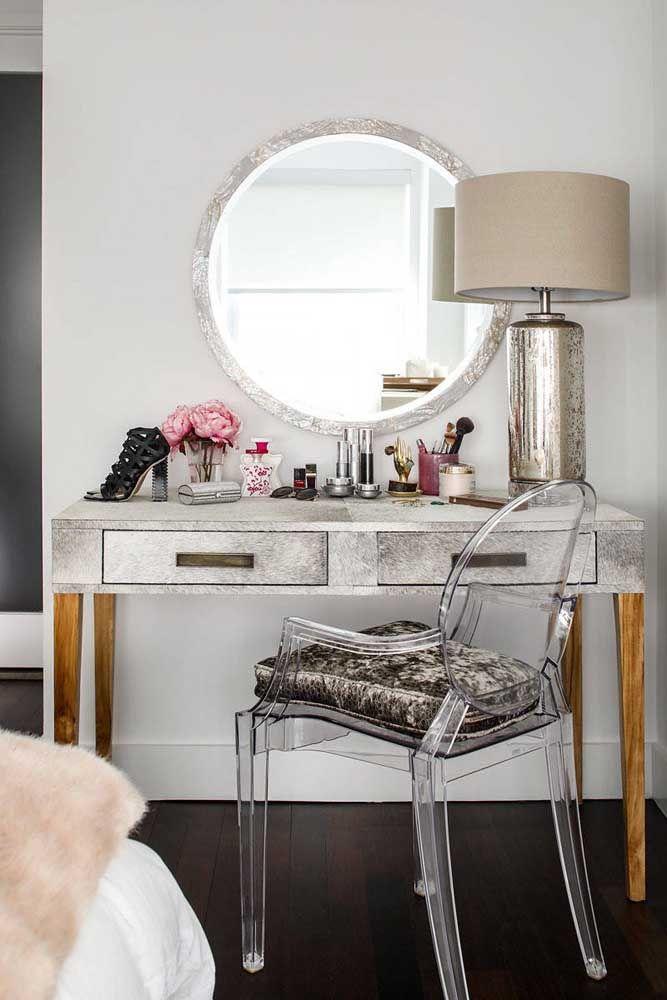 Penteadeira e espelho redondo combinando
