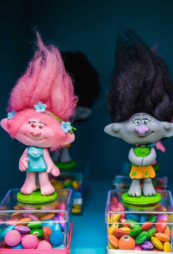 Os personagens Trolls são muito fofos e deixa qualquer festa de aniversário ainda mais linda!