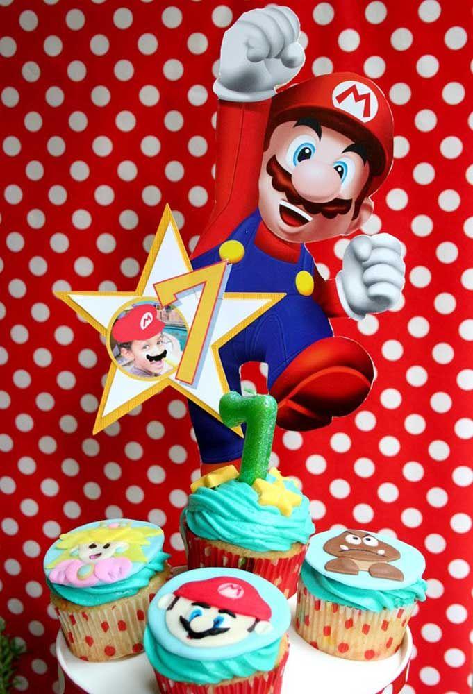 Cupcake não pode faltar na festa de aniversário. Na festa Mario Bros personalize com os personagens.