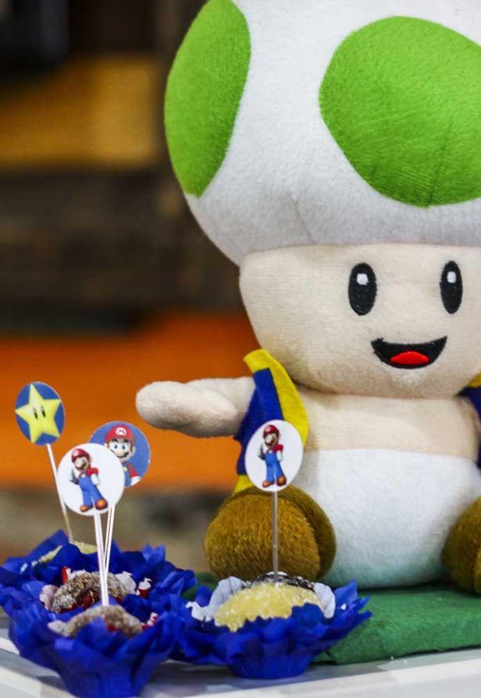 Olha que coisa mais fofa esse boneco de pelúcia do Mario Bros.