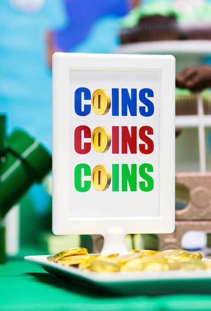 Separe uma bandeja só para as moedas.