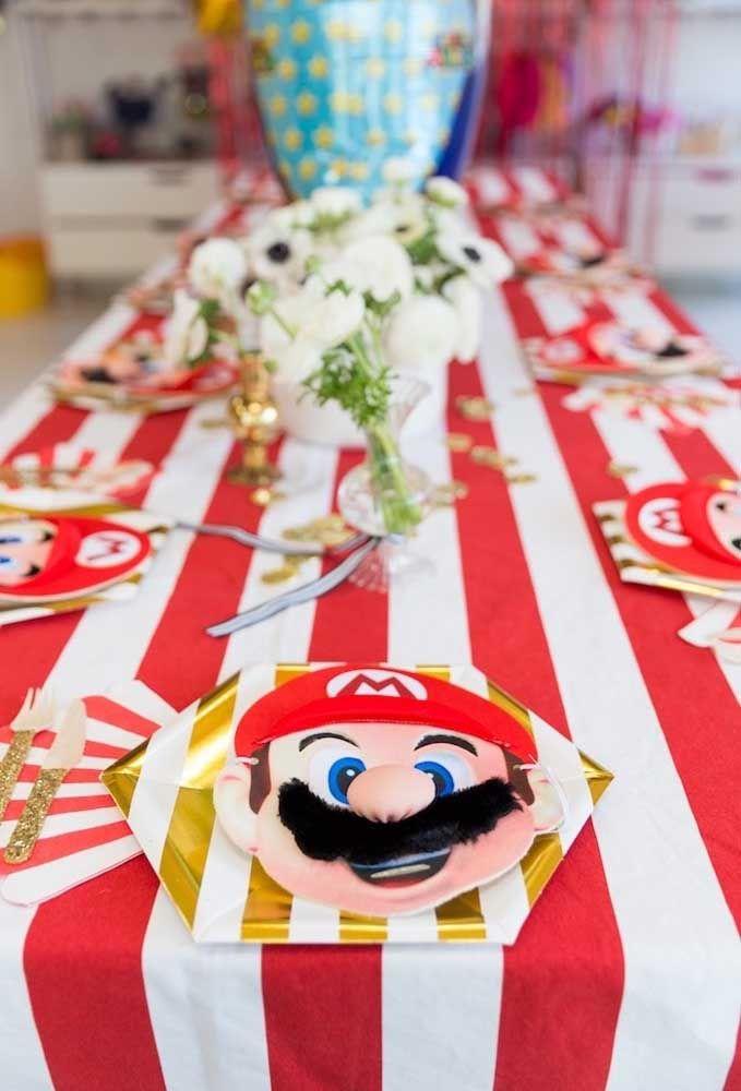 Separe uma carinha do Mario Bros para cada convidado.