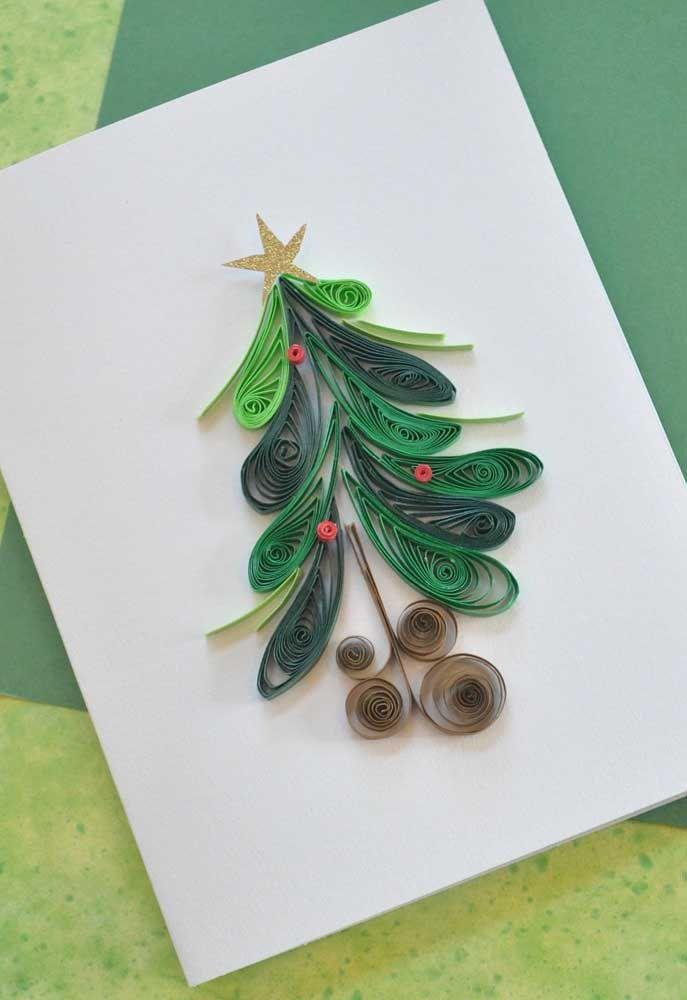 Claro que o cartão de natal também merece ganhar sua versão quilling, não é mesmo?
